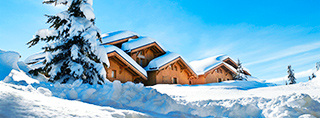 Holiday homes and ski chalets on piste in France